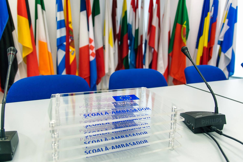 Colegiul Tehnic Victor Ungureanu din Câmpia Turzii și Colegiul de Muzică Sigismund Toduță din Cluj-Napoca – școli ambasador ale Parlamentului European