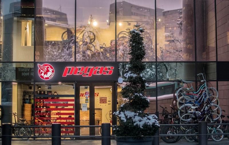 Pegas a inaugurat, la Iulius Mall Cluj, cel mai mare magazin al brandului din țară și primul din regiunea nord-est