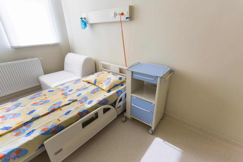 UNTOLD și Asociația Dăruiește Viață au construit primele camere sterile din Transilvania, la Spitalul Clinic de Urgență pentru Copii din Cluj-Napoca