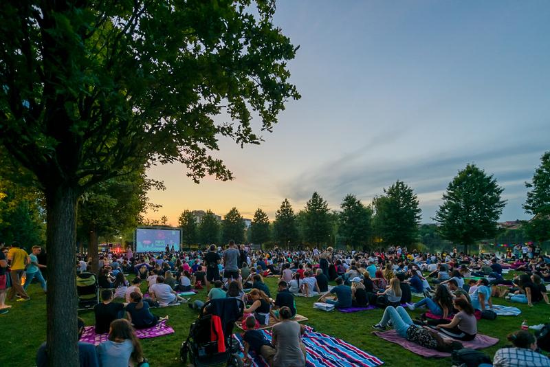 """""""O vară rock'n'roll"""" se vede vineri, la Movie Nights, în Iulius Parc"""