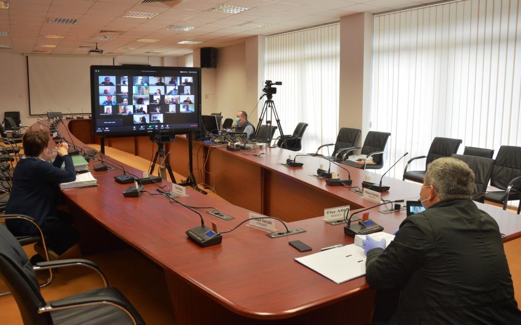 Consiliul Județean Cluj oferă sprijin financiar pentru protejarea polițiștilor aflați în linia I