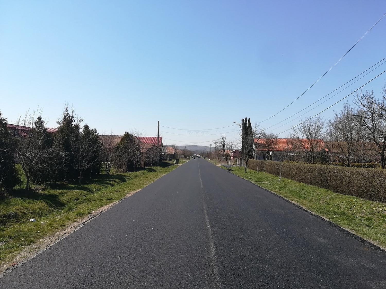 Au fost finalizate lucrările de asfaltare pe drumul județean 161 (DN 1C) – Dăbâca – Panticeu
