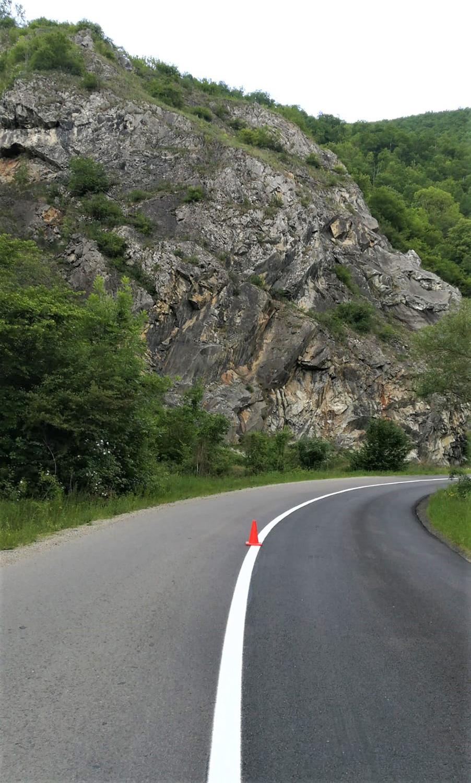 Lucrări de marcaje rutiere în lungime de peste 128 de kilometri, pe zece drumuri județene