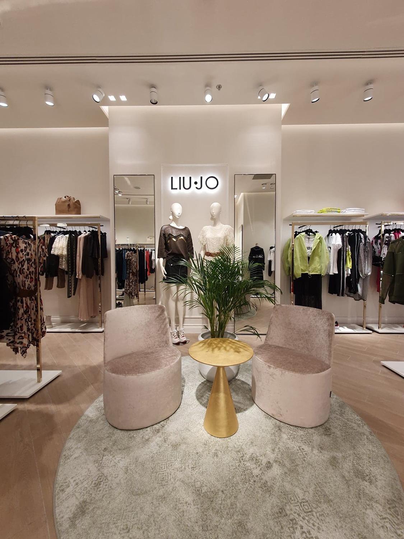 Primul magazin din regiune al brandului italian de fashion Liu Jo s-a deschis în Iulius Mall Cluj