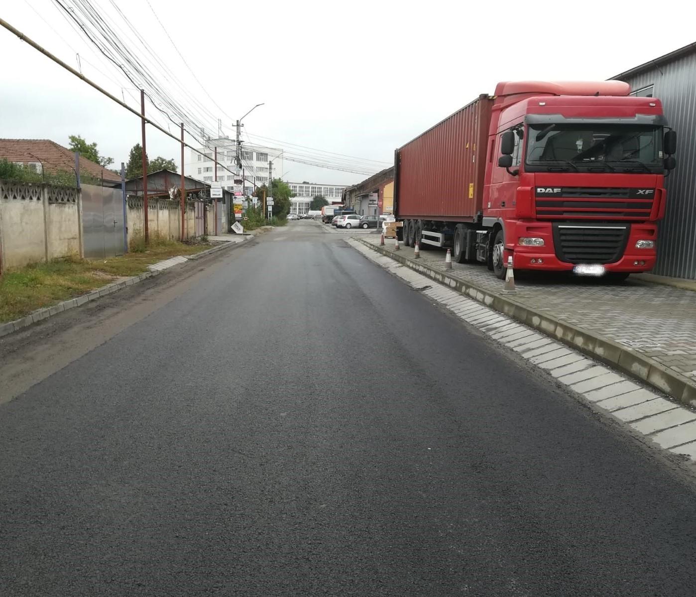 Lucrări de întreținere finalizate pe principalele drumuri de acces situate pe raza incintei Clujana