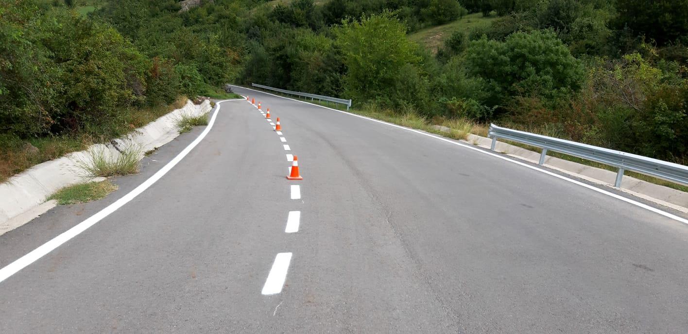 Lucrări de marcaje rutiere în lungime de peste 50 de kilometri în primele două săptămâni ale lunii septembrie.