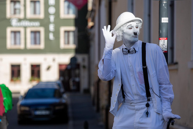 În această toamnă, arta intră în curțile din centrul Clujului