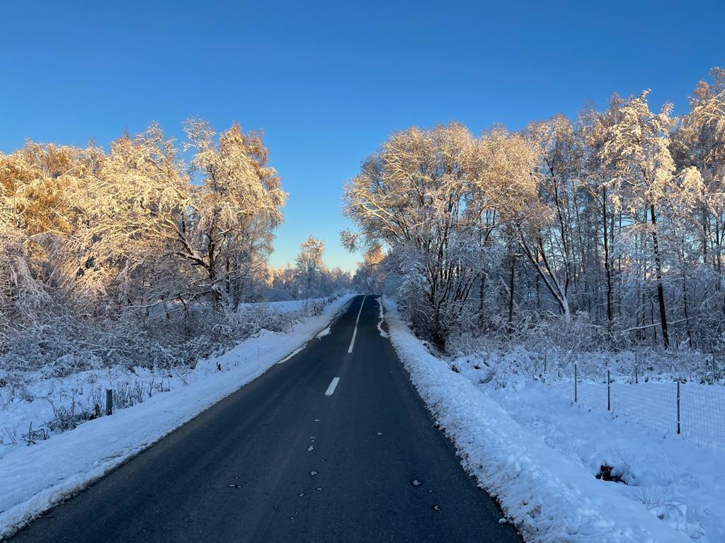 La nivelul județului Cluj se circulă în condiții de iarnă