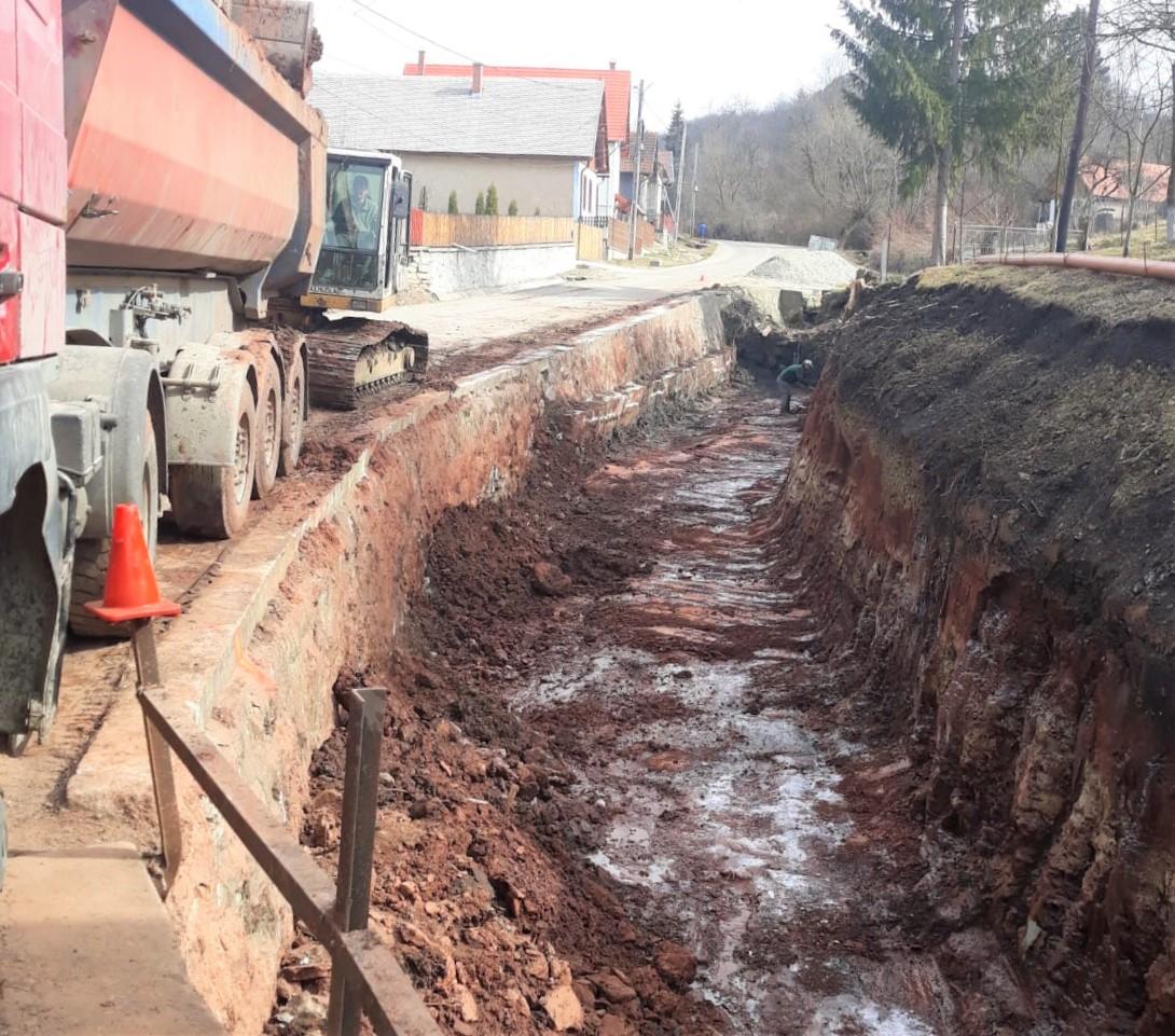 Consiliul Județean a demarat lucrările de construire a unui pod nou în satul Văleni, comuna Călățele