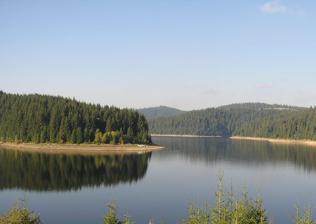 Consiliul Județean Cluj a aprobat noile regulamente de navigație pe lacurile Tarnița și Fântânele
