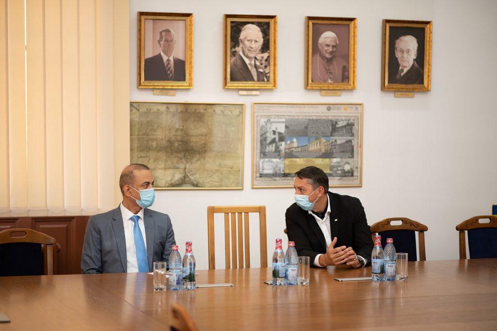 Ambasadorul Indiei în România a vizitat Universitatea Babeș-Bolyai