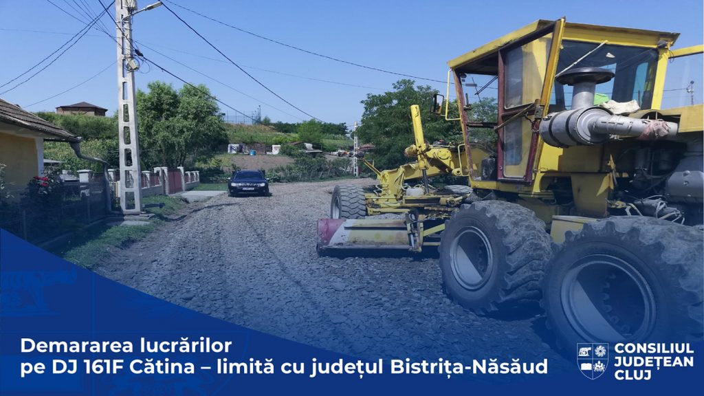 Consiliul Județean a demarat lucrări de întreținere pe DJ 161F Cătina - limită cu județul Bistrița-Năsăud